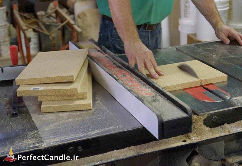 برش های چوب برای درست کردن دور قالب شیشه ای