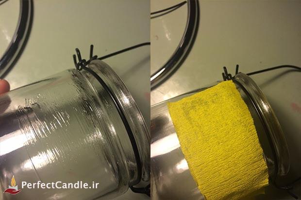 چسباندن کاغذهای رنگی با پسب به لیوان